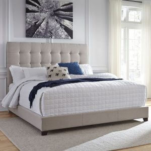 Dolante - Beige - King Upholstered Bed