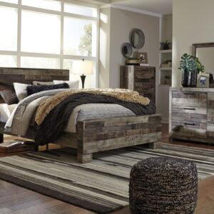 Derekson - Multi Gray - King Panel Bed