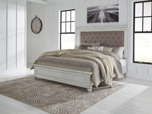 Kanwyn - Whitewash - Queen Panel UPH Bed