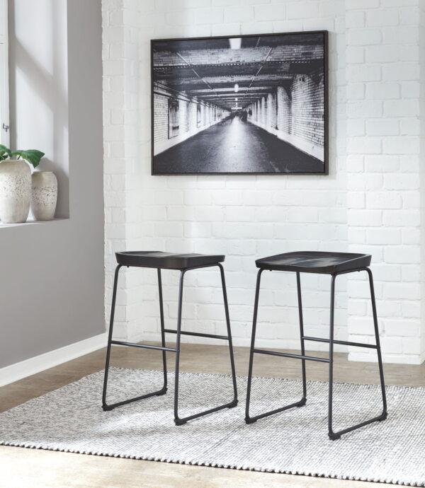 Showdell - Black - Tall Barstool (2/CN)- Tall Barstool (2/CN)