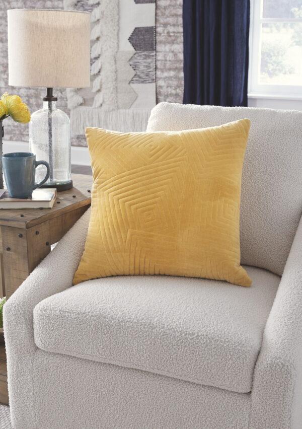 Kastel - Golden Yellow - Pillow (4/CS)